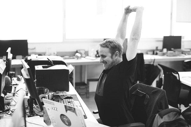 peregangan,peregangan di kantor