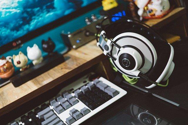 10 kiat cerdas pilih gaming headset 10 Kiat Cerdas Pilih Gaming Headset blur 2599281 640