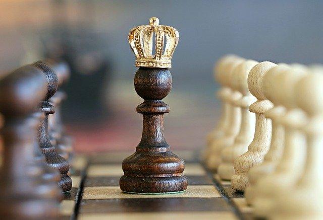 10 alasan kenapa cowok gamers lebih menarik dipacari 10 Alasan Kenapa Cowok Gamers Lebih Menarik Dipacari chess 1483735 640