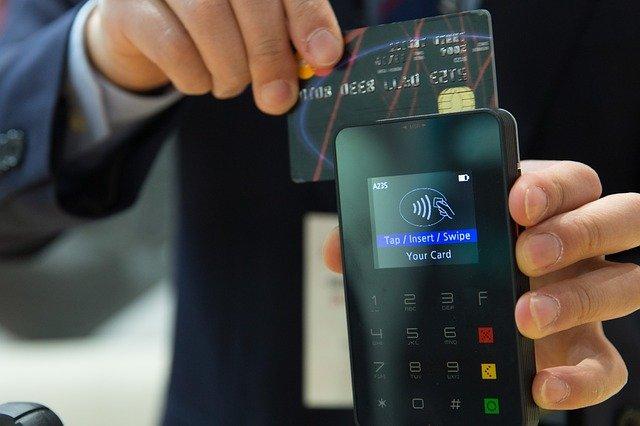 10 tips aman dan praktis belanja online 10 Tips Aman dan Praktis Belanja Online credit card 1730085 640