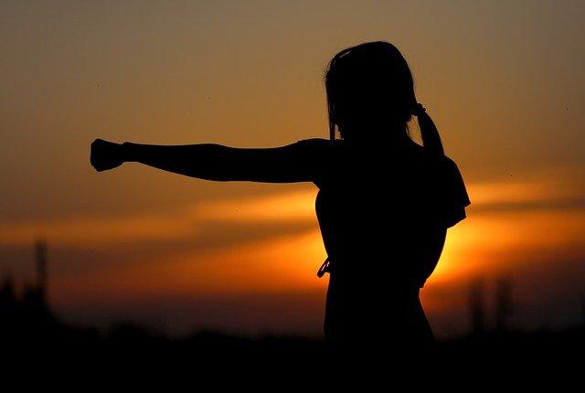 karate,membentuk otot