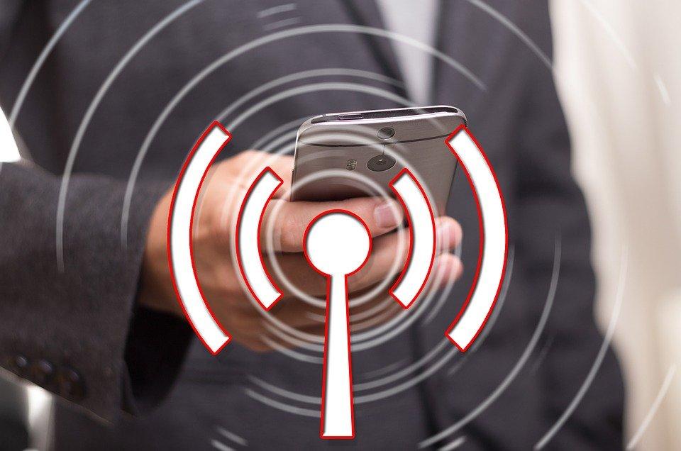 10 tips aman dan praktis belanja online 10 Tips Aman dan Praktis Belanja Online wifi