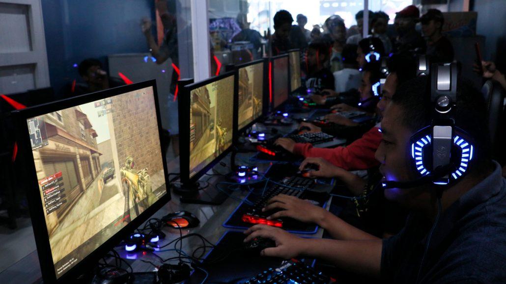 headset Cara Lengkap Menyambungkan Headset Kabel ke HP gamers 02 1030x579