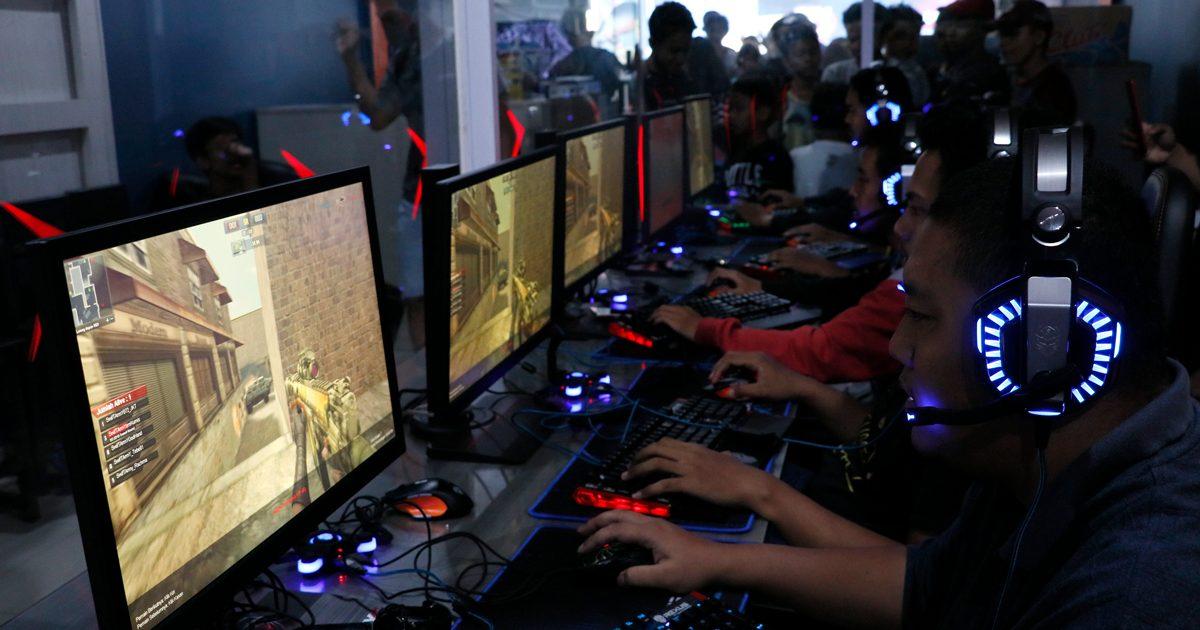 gamer bermain game pc tombol shortcut Tombol Shortcut Keyboard Ini Atur Tampilan Game Jadi Lebih Gampang gamers 02 1200x630