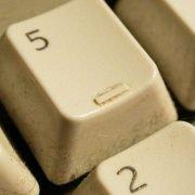 cara jitu membersihkan keyboard mekanikal Cara Jitu Membersihkan Keyboard Mekanikal bersihkeyboard2 180x180