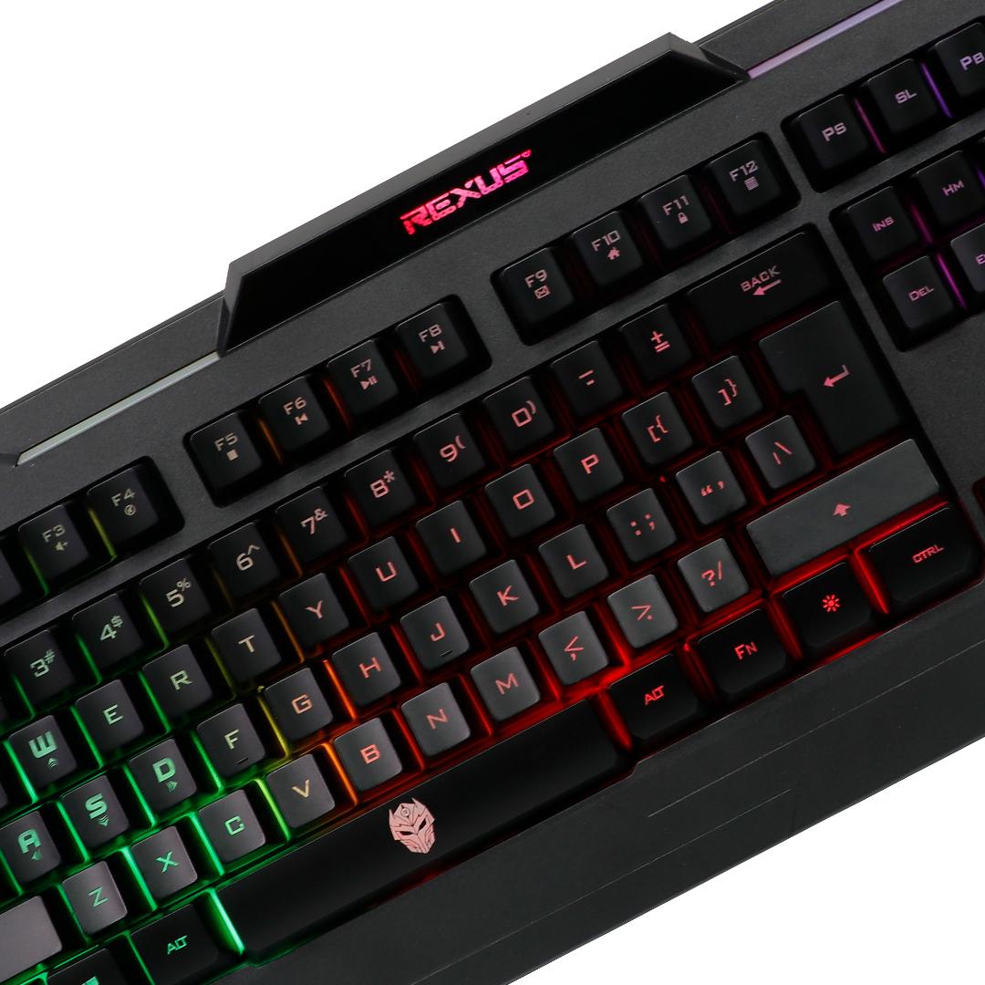 Keyboard Gaming Rexus K71 Closeup