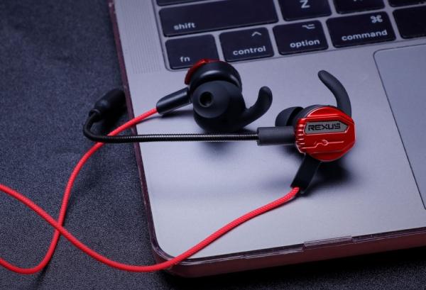 earphone 10 Cara Tepat Gunakan dan Rawat Earphone Gaming Agar Awet WL ME3 02 600x409