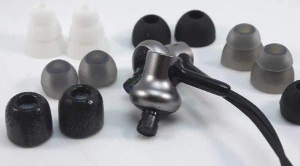 eartips Panduan Memilih Bentuk dan Jenis Eartips pada Earphone eartips theme 600x333